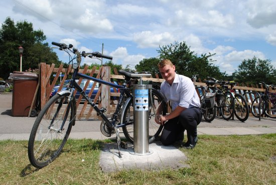 Richard Shacklock from Avon Valley Railway using the Bitton bicycle pump