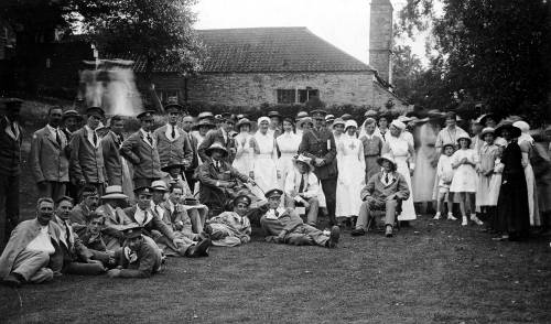 Nurses and soldiers at Tockington Manor