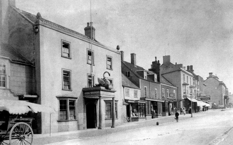 High Street east side - Thornbury museum