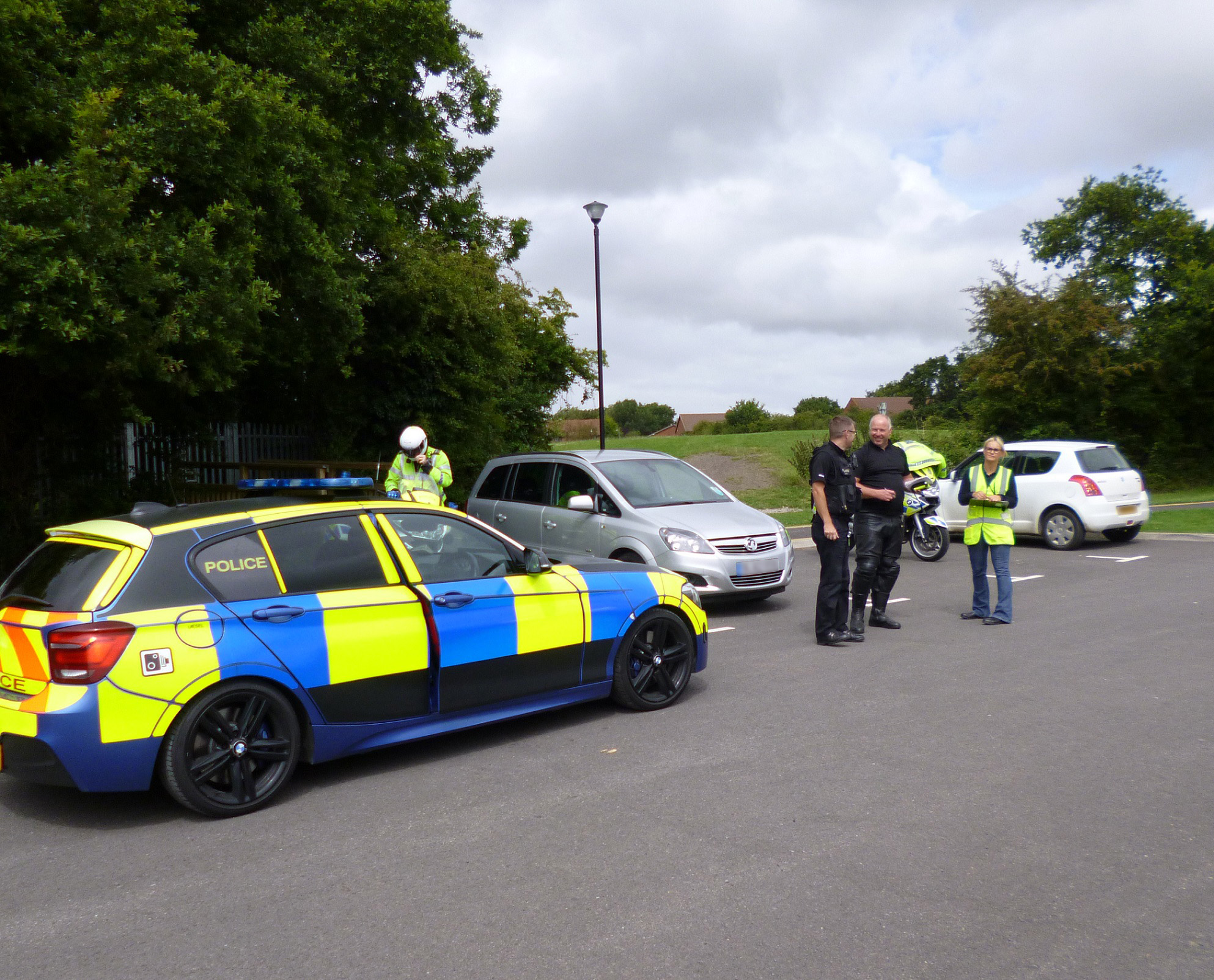 Taxis and private hire vehicles checked in joint operation | South