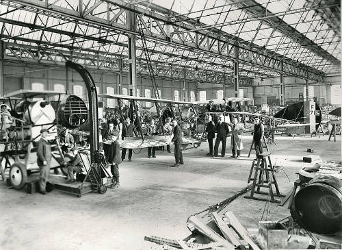 Manufacturing Type 14-22 at Filton